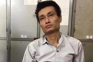 Bị vây bắt, kẻ vận chuyển 9.000 viên ma túy dùng súng chống trả công an