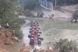 Lật bè phao ở Cao Bằng, 2 người thiệt mạng, 1 người mất tích