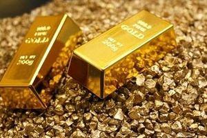 Giá vàng thế giới giảm 4,5 USD
