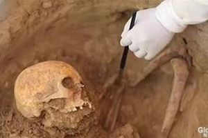 Phát hiện hai hầm mộ cổ còn nguyên vẹn ở miền Nam Hy Lạp