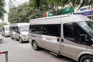 Trường Gateway dừng hợp đồng với hãng xe đưa đón học sinh bị bỏ quên