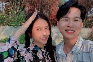 Thiên An - nữ chính trong 1 loạt MV đang hot của Jack cũng bị tố 'chảnh chọe' vì hành động này với fans