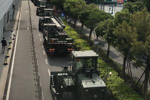 Trung Quốc điều hàng chục xe thiết giáp 'sát nách' Hong Kong