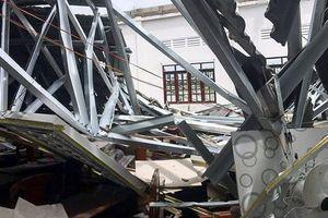 Thông tin mới vụ sập mái hội trường ở thị trấn Ngã Sáu