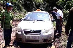 Tìm thấy thi thể tài xế taxi bị 3 người nước ngoài sát hại