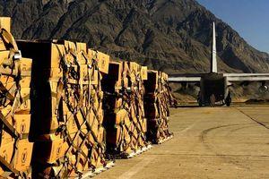 Pakistan đưa hàng loạt thiết bị quân sự đến sát biên giới Ấn Độ