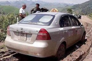 Tìm thấy thi thể tài xế taxi bị 3 đối tượng nước ngoài sát hại