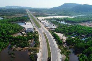 Bất động sản Phú Quốc: Từ 'cơn bão' lên đặc khu đến tạm dừng lập quy hoạch