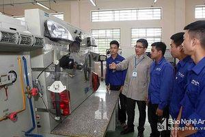 Chú trọng đào tạo nguồn lao động phục vụ các khu công nghiệp, dự án lớn của Nghệ An