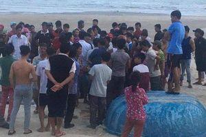 Vụ sóng biển cuốn trôi 11 người ở Bình Thuận: Tìm thấy thi thể 2 du khách