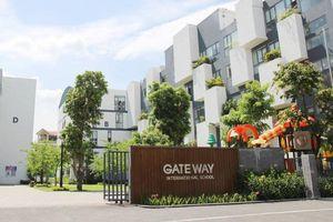 Vụ bé trai trường Gateway tử vong: 'Không lý giải nổi ai là người thay áo cho cháu bé'