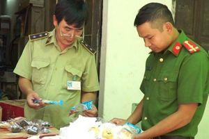 Bắt giữ 10.000 sản phẩm bánh trung thu nhập lậu từ Trung Quốc