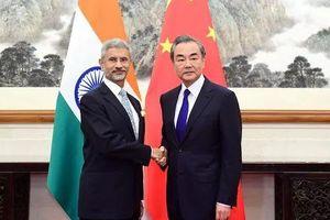 Ngoại trưởng Trung Quốc, Ấn Độ hội đàm về vấn đề Kashmir