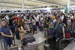 Hậu biểu tình, sân bay Hong Kong hủy hơn 300 chuyến bay