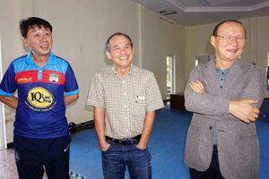 HLV Chung Hae-seong sắp tin lời bầu Đức, 'đá xéo' V-League