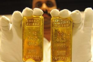 Vàng trong nước giảm hơn nửa triệu đồng sau một đêm