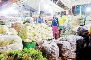 Sớm xây dựng phương án giá tại các chợ