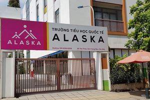 Trường Alaska dỡ bỏ biển hiệu có mác 'quốc tế': Học phí chát không kém trường Gateway?