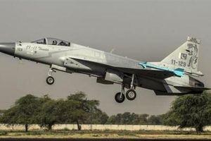Pakistan chuyển khí tài tới biên giới Ấn Độ, nguy cơ đối đầu quân sự