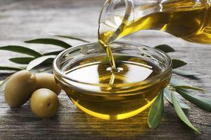 Uống dầu ô liu làm giảm nguy cơ tắc nghẽn động mạch