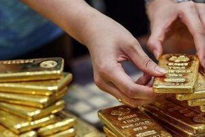 Giá vàng vượt ngưỡng 42 triệu đồng/lượng: Có nên đầu tư 'lướt sóng'?