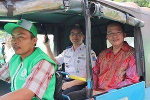 Grab thôn tính dịch vụ gọi xe ba bánh tại Indonesia