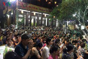 Vu Lan chùa Phúc Khánh: Không còn cảnh biển người ngồi tràn lòng đường