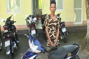 Phát hiện xe máy có cả chìa, con nghiện trộm xe nhưng bị vây bắt