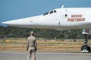 Nga điều hai máy bay ném bom hạt nhân sát biên giới Mỹ