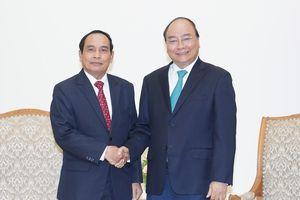 Thủ tướng tiếp Phó Thủ tướng Lào