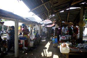 Độc đáo chợ 5.000 đồng ở Quảng Ngãi
