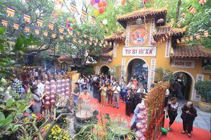 Ba ngôi chùa được nhiều phật tử lựa chọn trong mùa Vu Lan ở Hà Nội