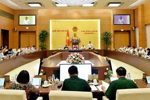 Hôm nay, Ủy ban Thường vụ Quốc hội chất vấn 15 Bộ trưởng, trưởng ngành
