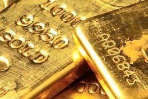 Giá vàng tiếp tục đeo bám ở đỉnh trong bối cảnh nhu cầu trú ẩn an toàn lạc quan