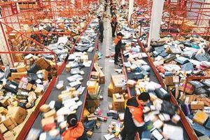 Trung Quốc 'đau đầu' xử lý rác thải chuyển phát nhanh