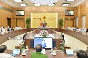 Bế mạc phiên họp thứ 36 của Ủy ban Thường vụ Quốc hội