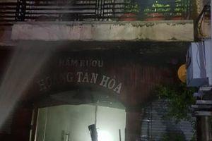 Cháy hầm rượu ở Biên Hòa