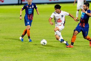 HLV Nishino nhắm 'sát thủ' tuổi 19 để đấu với tuyển Việt Nam