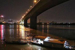Tìm thấy thi thể cô gái nhảy cầu Vĩnh Tuy