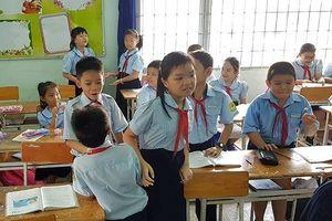TPHCM: Tuyệt đối không giao cho giáo viên thu, chi tiền