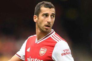 Huyền thoại Arsenal khuyên HLV Emery bán Mkhitaryan càng sớm càng tốt