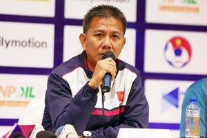 HLV Hoàng Anh Tuấn từ chức đã may mắn hơn chuyện HLV Park bị sa thải!
