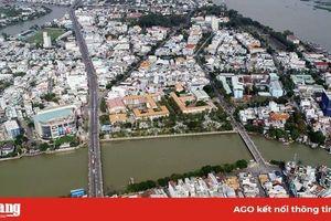 6 giờ, ngày 17-8, diễn ra Giải đua xuồng Báo An Giang, tại đoạn sông từ cầu Duy Tân đến cầu Hoàng Diệu