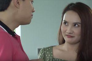 'Về nhà đi con': Vũ nịnh vợ, khen Thư là người phụ nữ đẹp nhất