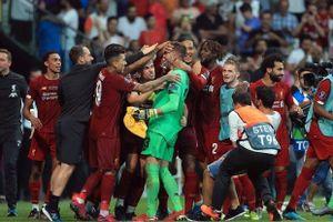 Bị CĐV 'ám hại', Liverpool méo mặt vì mất thêm thủ môn Adrian