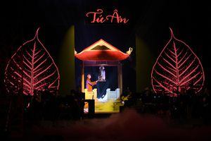 Khán giả xúc động, bồi hồi khi xem đêm nhạc 'Tứ Ân' dịp lễ Vu lan