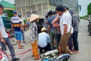 Tông phải xe tải, người đi xe máy ở Nghệ An chết thương tâm