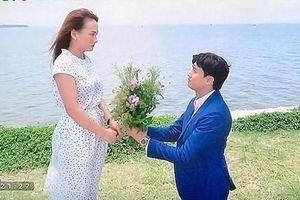 'Về nhà đi con': Quốc cầu hôn đơn giản, không lãng mạn bằng Vũ