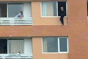 6 giờ nghẹt thở giải cứu người đàn ông Pháp có ý định nhảy lầu tự tử