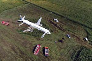 6 vụ máy bay hỏng giữa trời, hàng trăm hành khách sống sót nhờ phi công